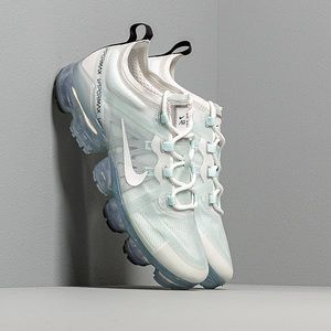 Nike vapormax shoe